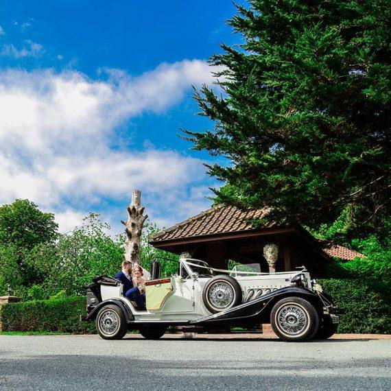 beverley wedding photographer tickon minster